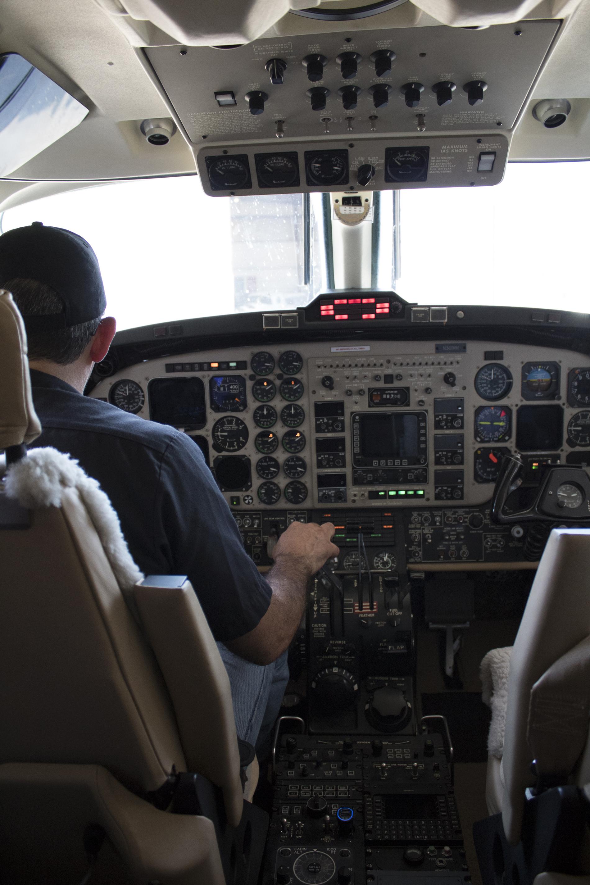 Airplane Avionics